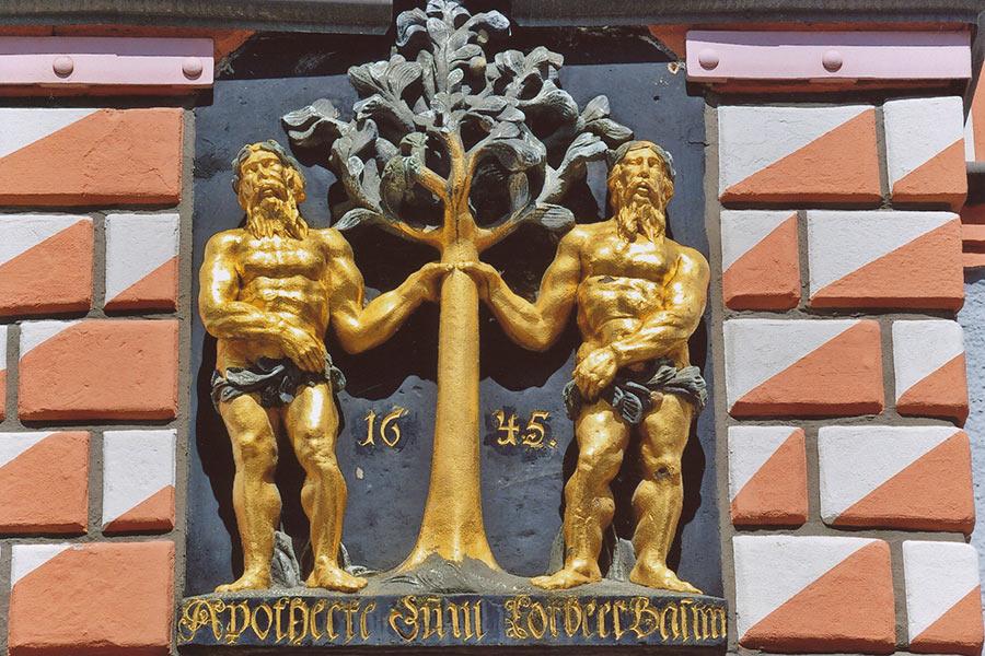 Städtereisen_Naumburger-Hauszeichen_©Stadt-Naumburg