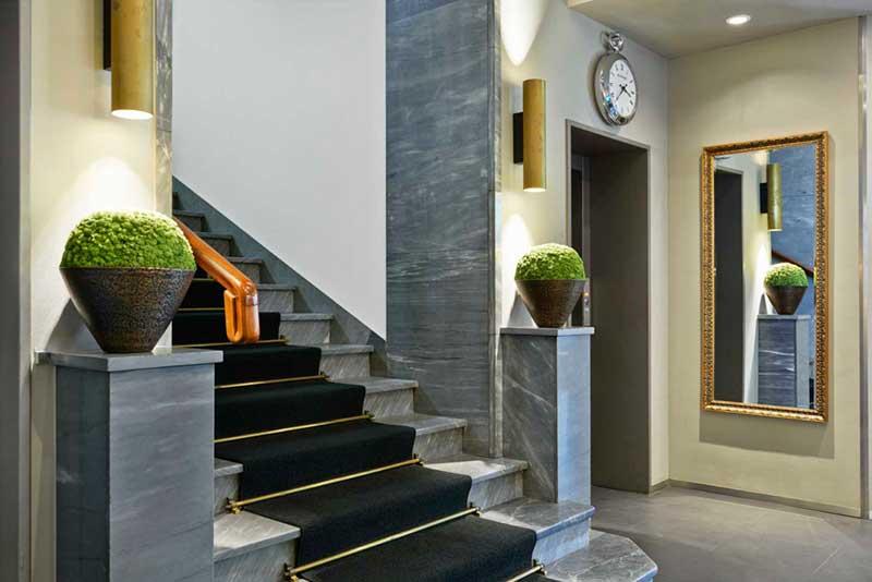 sorell-hotel-seidenhof_lobby_treppe-Foto-4