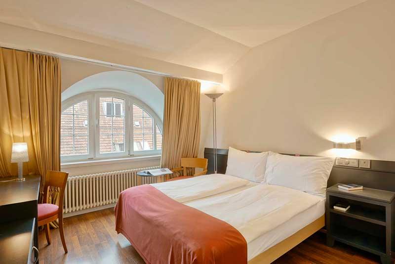 sorell-hotel-seidenhof_zimmer_standard_double_queen-1-Foto-5