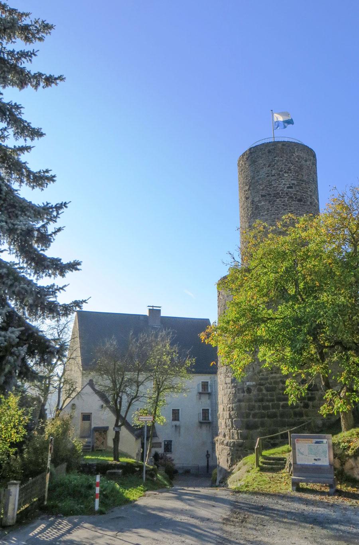 Burghof-Neuhaus-copy