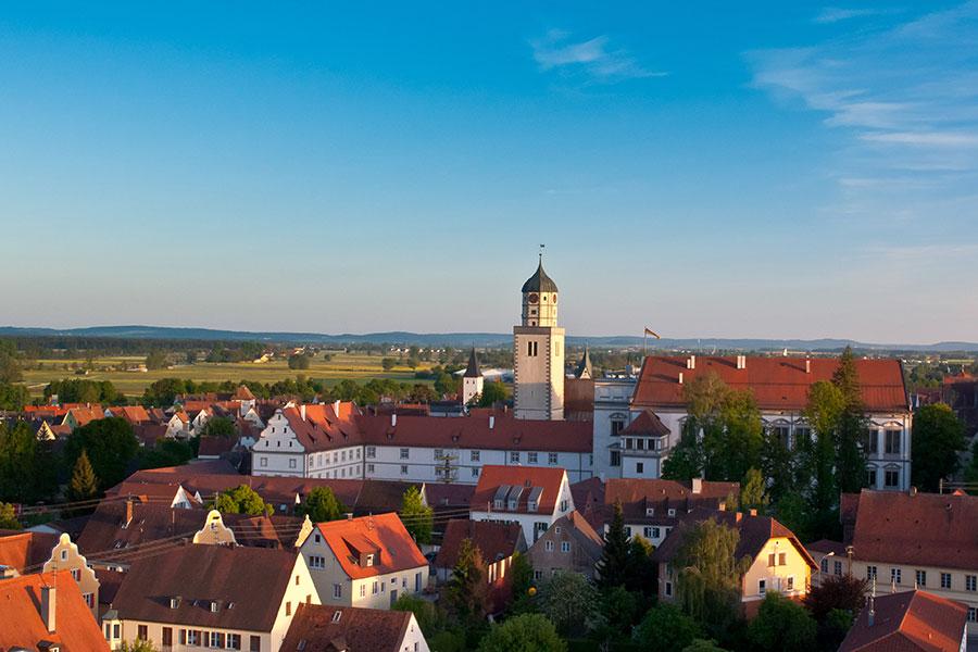 Stadt-Oettingen_Stadtansicht-mit-Riesblick@Werner-Rensing