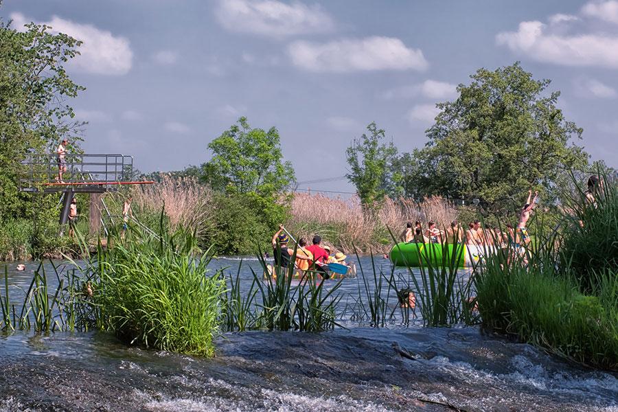 Stadt-Oettingen_Wörnitz-Flussfreibad@Werner-Rensing