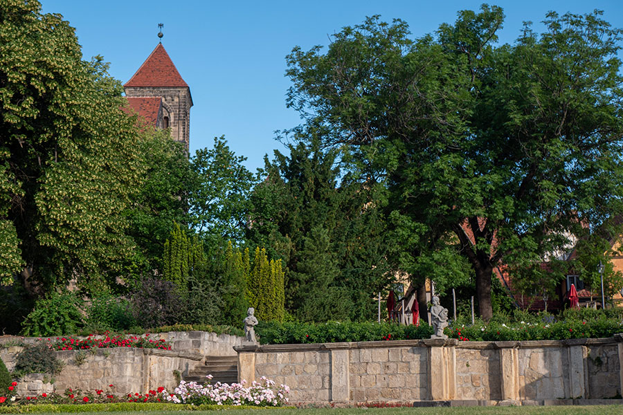01-UNESCO-Fachwerk-2019-06-19-Schlossgarten-(06)-Foto-QTM-GmbH