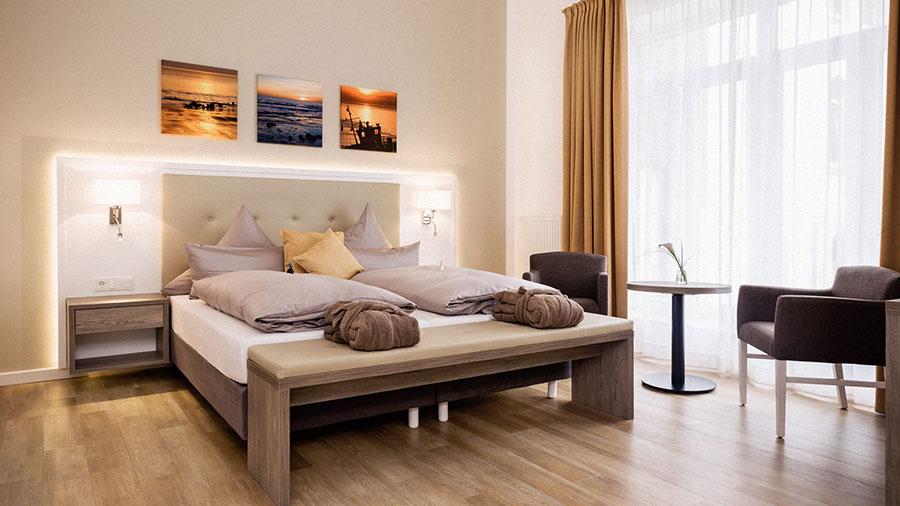 Doppelzimmer_Gelb_Hotel_Inselhof_Borkum