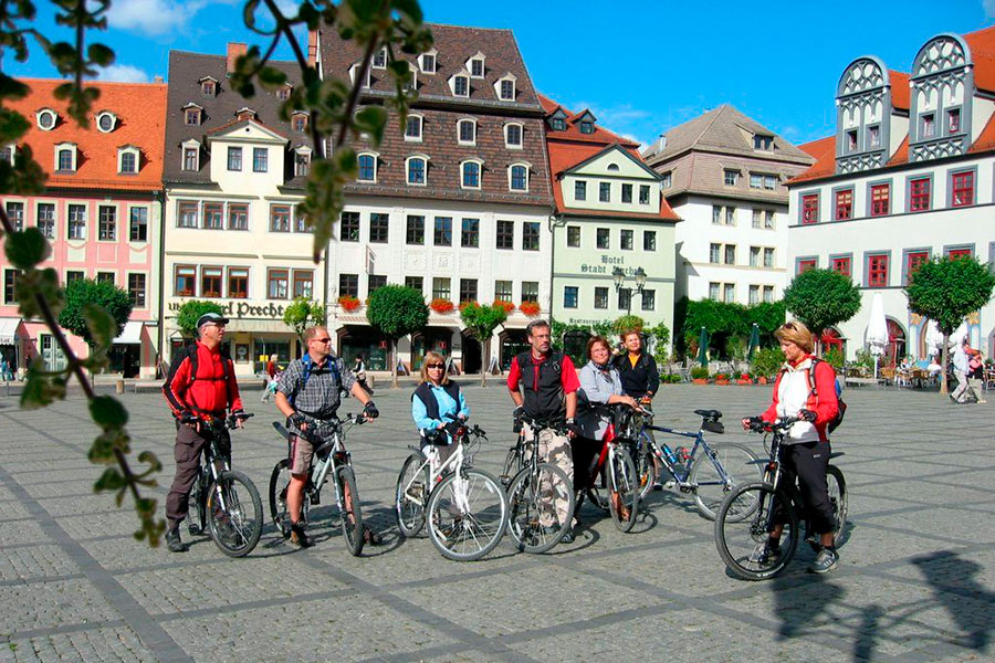 Radwandern_Naumburg_Marktplatz_©Stadt-Naumburg