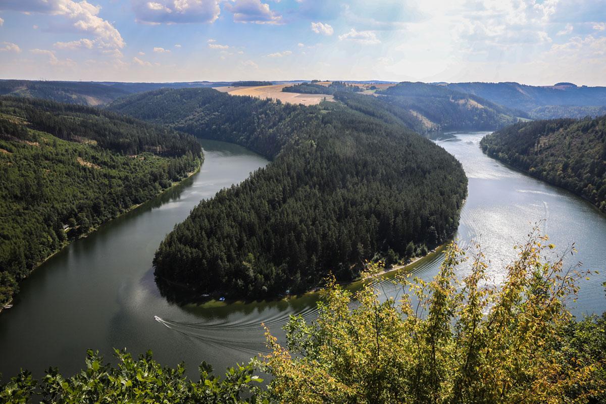 Bild-1_-Saaleschleife-bei-Paska_Quelle-Saaleradweg-e.V._Foto-V.Grätsch